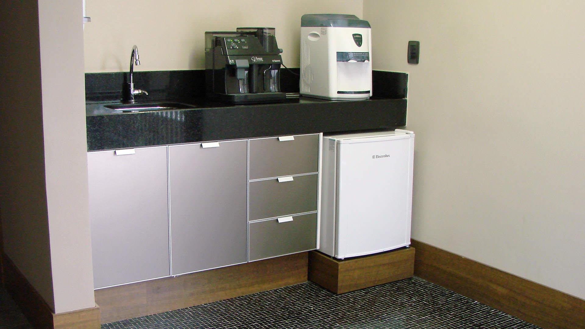 mini cozinha planejada móveis planejados ambiente corporativo